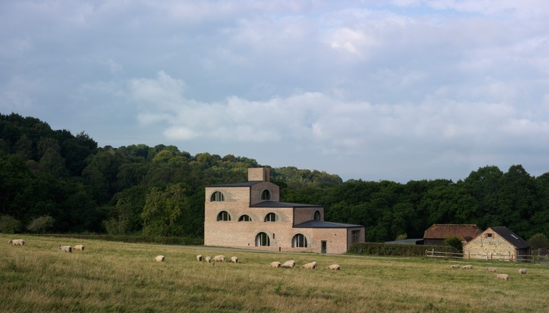 Adam Richards: Nithurst Farm in the English countryside