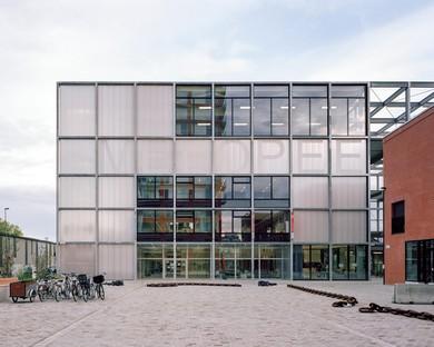 Xaveer De Geyter Architects: 195 Melopee School in Ghent