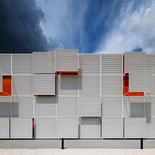 Hatvan Multifunctional Sports and Events Hall by Napur Architect
