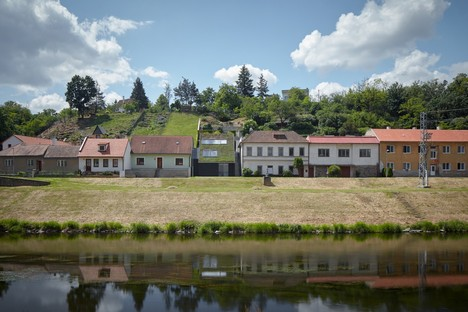 Kuba & Pilař: Riverside villa in Znojmo, Czech Republic