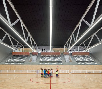 AIA+Barceló-Balanzó+GGG: Camp del Ferro Sports Centre, Barcelona