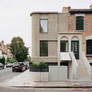 31/44 Architects: Corner House in Peckham, London