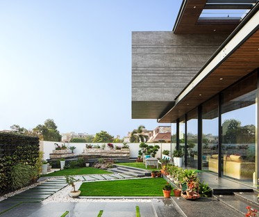 Cantilever House by Zero Energy Design Lab