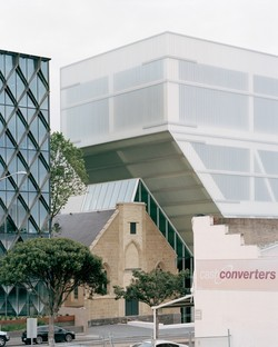 Hassell: Geelong Arts Centre, Victoria State, Australia