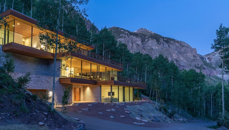 Efficiency Lab for Architecture designs Telluride Glass House