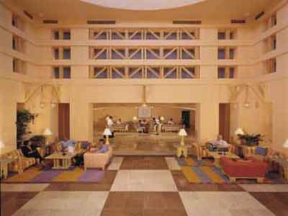 Michael Graves: Sheraton Miramar Resort, 1995