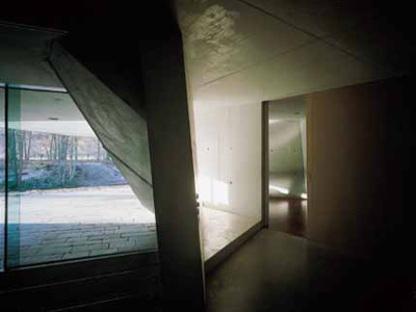 The Möbius House by UN Studio, Het Gooi, Holland (1993-1998)