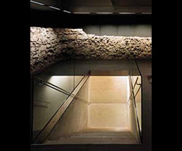 Jabornegg & Palffy<br> Judenplatz Museum, Vienna, 2001