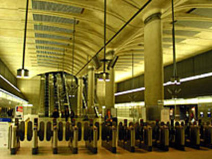 Foster & Partners<br> Canary Wharf Station, Jubilee Line Extension, London, 1993