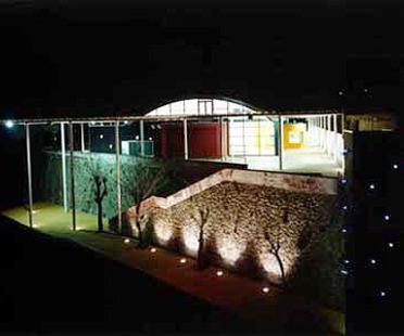 5 + 1, Chaix Morel: conversion of Bligny barracks into a university campus, Italy, 1997