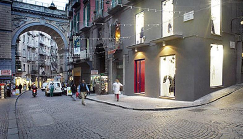 Gaudì Showroom