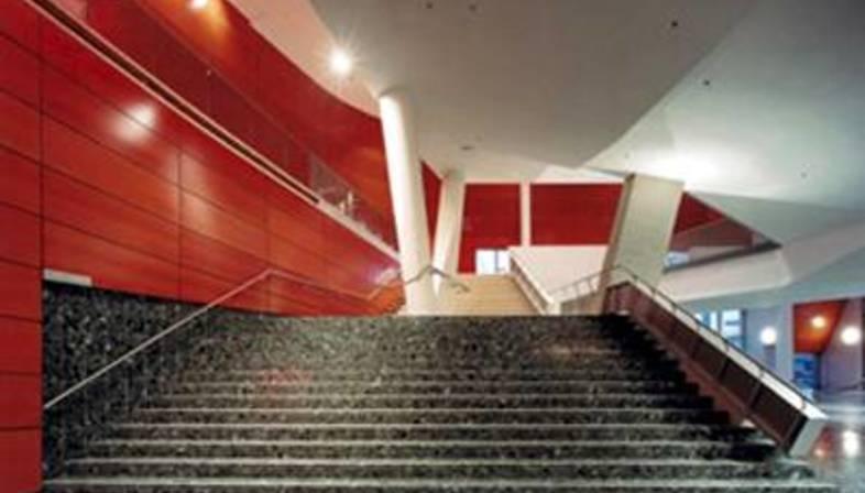 The new Rotterdam Luxor Theatre