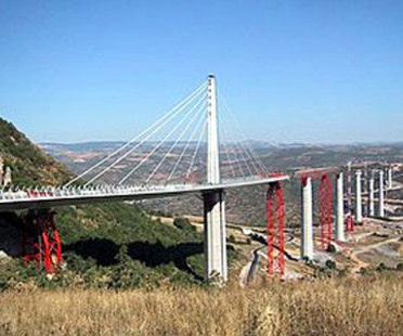 The Millau viaduct, Norman Foster. 1993 - 2005