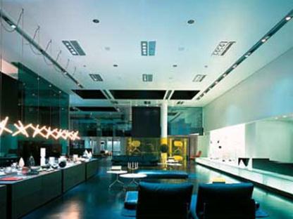 B&B Italia Store. Milan. Antonio Citterio & Partners. 2004