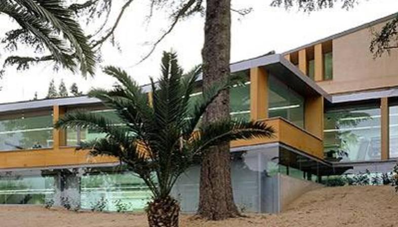 Can Ginestar Public Library<br>Sant Just Desvern, Barcelona<br>2000-2003