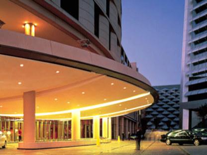 Foster & Partners. Al Faisaliah Center. Riyadh (Saudi Arabia).