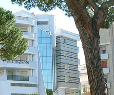 Agorà Multipurpose Building