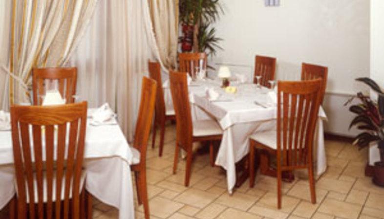 Castello Hotel Reastaurant