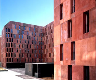 David Chipperfield<br>EMV Housing Villaverde, Madrid, 2005