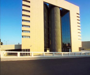 Toscanini Office Complex