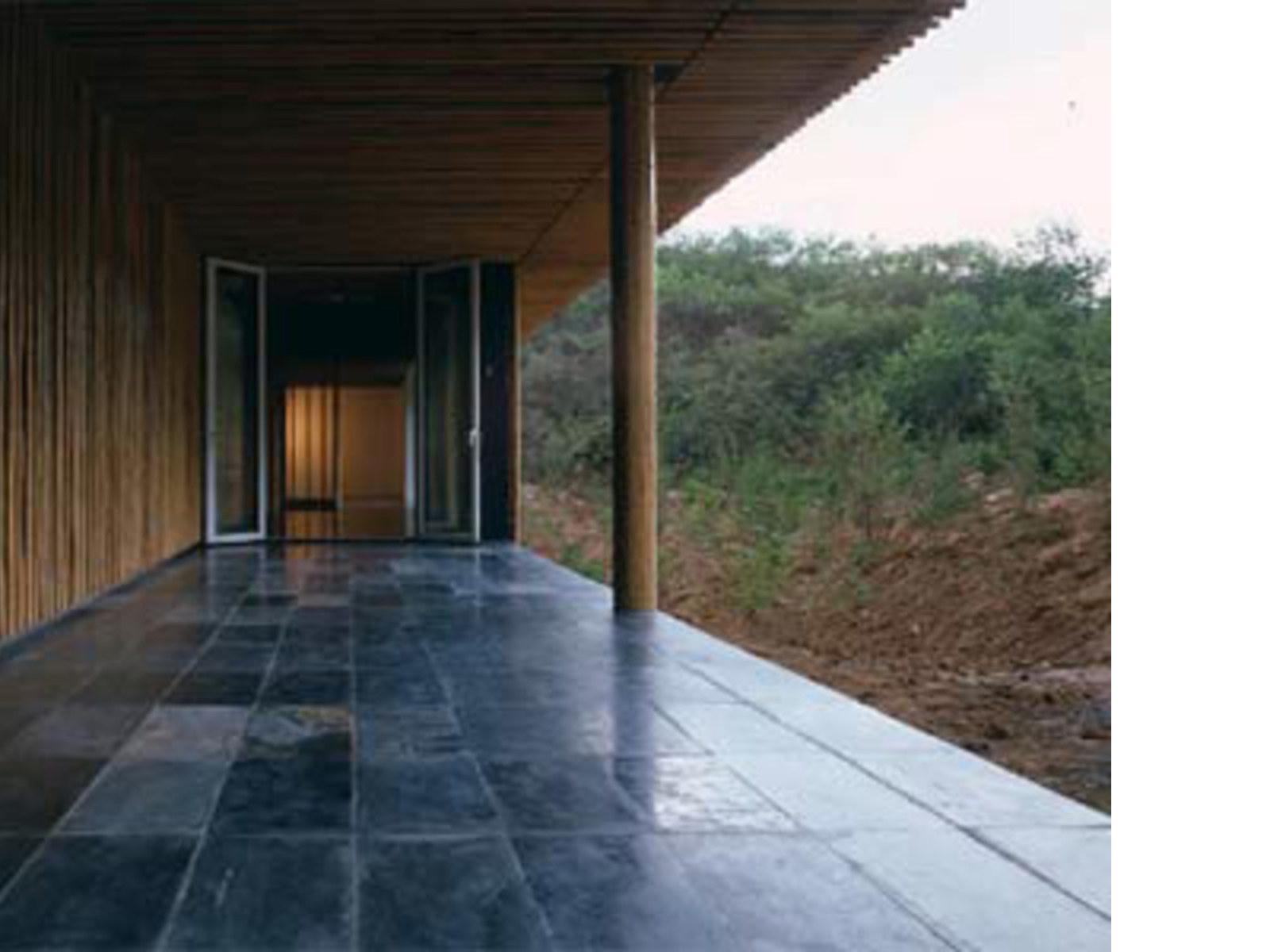 great bamboo wall house kengo kuma beijing  floornature