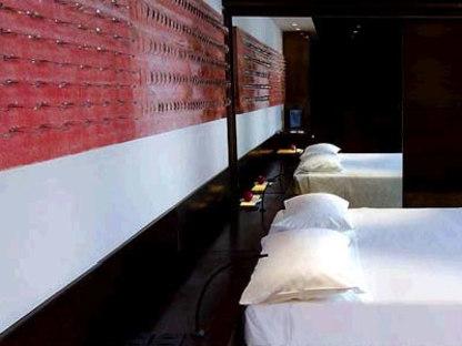 Hotel Straf. Vincenzo De Cotiis. Milan. 2006
