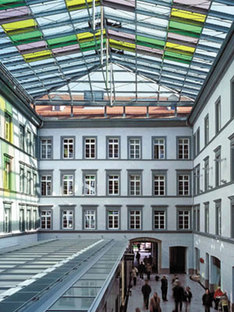 Innsbruck Town Hall. Dominique Perrault. 2002