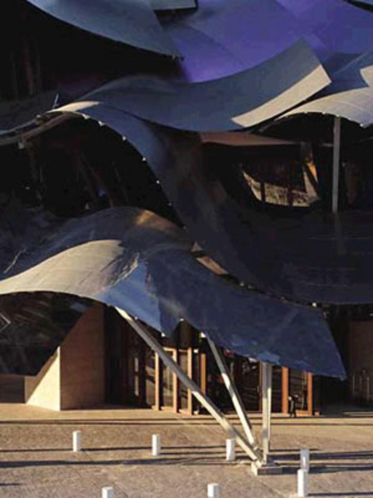 Frank. O. Gehry. Hotel Marques de Riscal. Elciego (Spain). 2006
