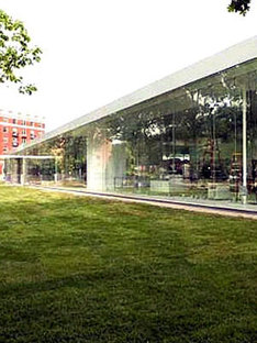 Glass Pavilion. Sanaa architects. Toledo. 2006