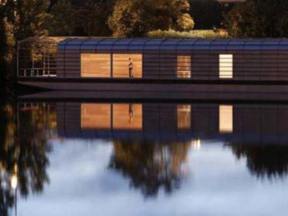 The Floating House - Ronan and Erwan Bouroullec. Chatou, 2006