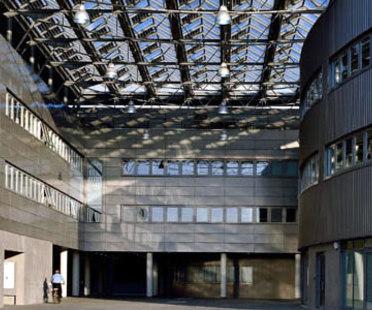 Council Offices. Formigine (Modena), Italy.  Studio Amati. 2006