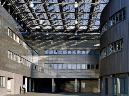 Council Offices. Formigine (Modena), Italy.  Studio Amati. 2006