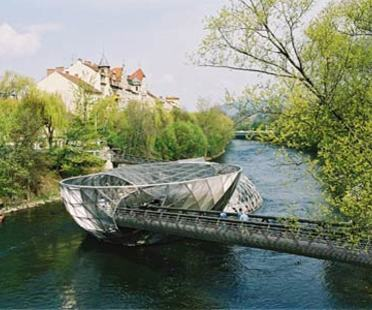 Island in the Mur River - Acconci Studio and Art & Idea.<br /> Graz, 2001