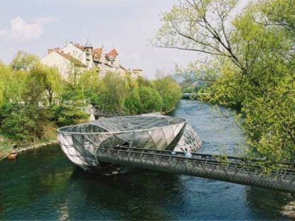 Island in the Mur River - Acconci Studio and Art & Idea.<br /> Graz, 2001