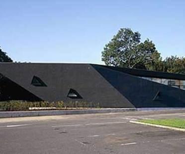 Maggie's Centre. Fife (Scotland). Zaha Hadid. 2006