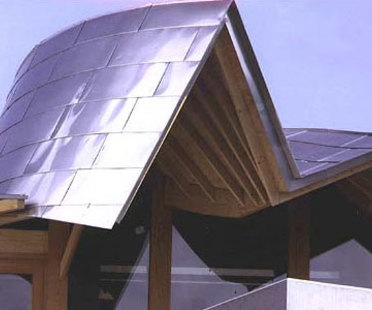 Maggie Cancer Care Centre. Frank O. Gehry<br /> Dundee (Scotland). 2003