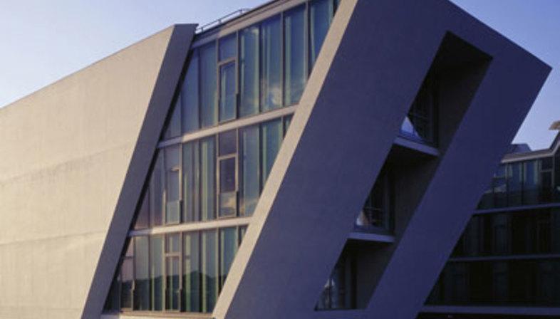mobile life campus wolfsburg henn architekten 2006. Black Bedroom Furniture Sets. Home Design Ideas
