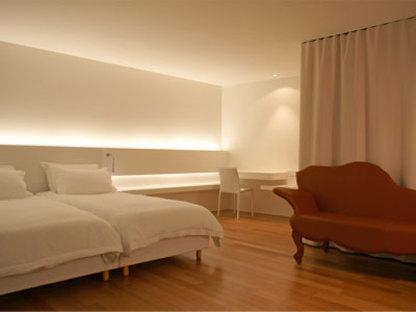 Hotel Astoria, Herzog & de Meuron, Lucerne, 2007