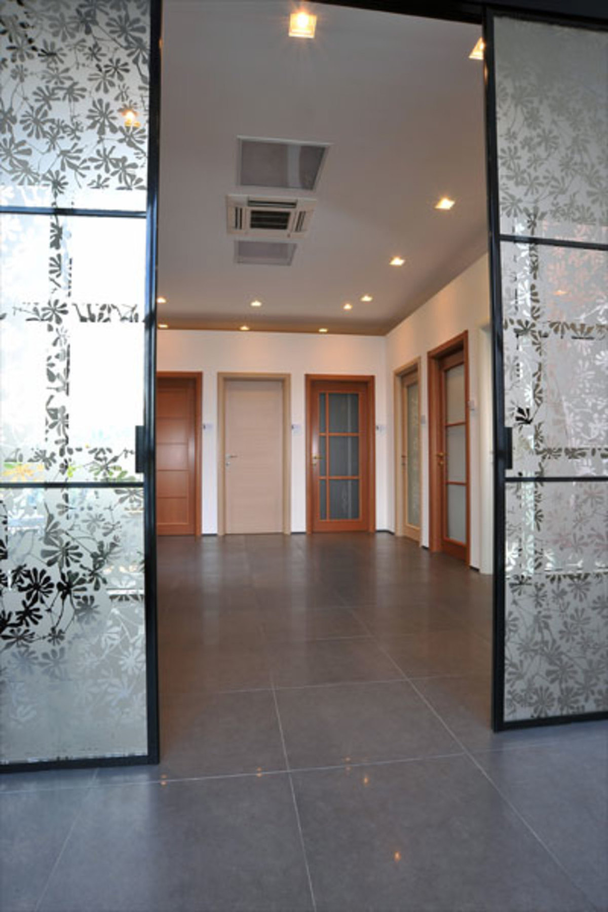 New Nusco Porte showroom | Floornature