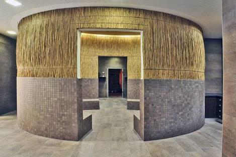 Pietra di Merano structured mosaic and flooring
