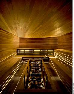 The heat-treated yellow poplar sauna