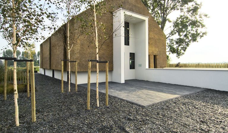 Sustainable architecture: a straw house