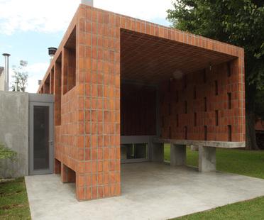 Film-Obrasdearquitectura: home in Pilar