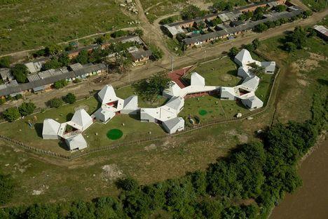 Mazzanti: Timayui elementary school