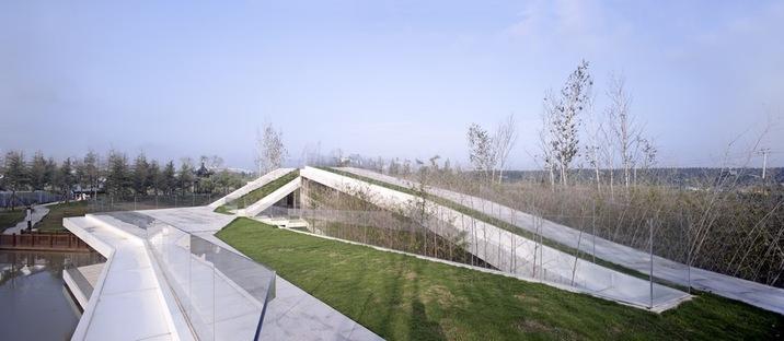 TAO: riverside club house in Yancheng (China)
