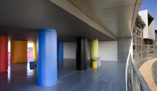 Ruiz-Larrea: 92 bioclimatic apartments