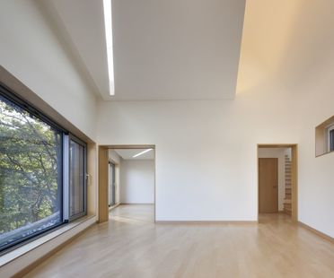 Joho Architecture: house with curved roof in Korea