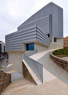 Paredes Pedrosa: Public library in Ceuta