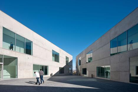 Taller Bàsico de Arquitectura: Faculty of medicine in Zaragoza
