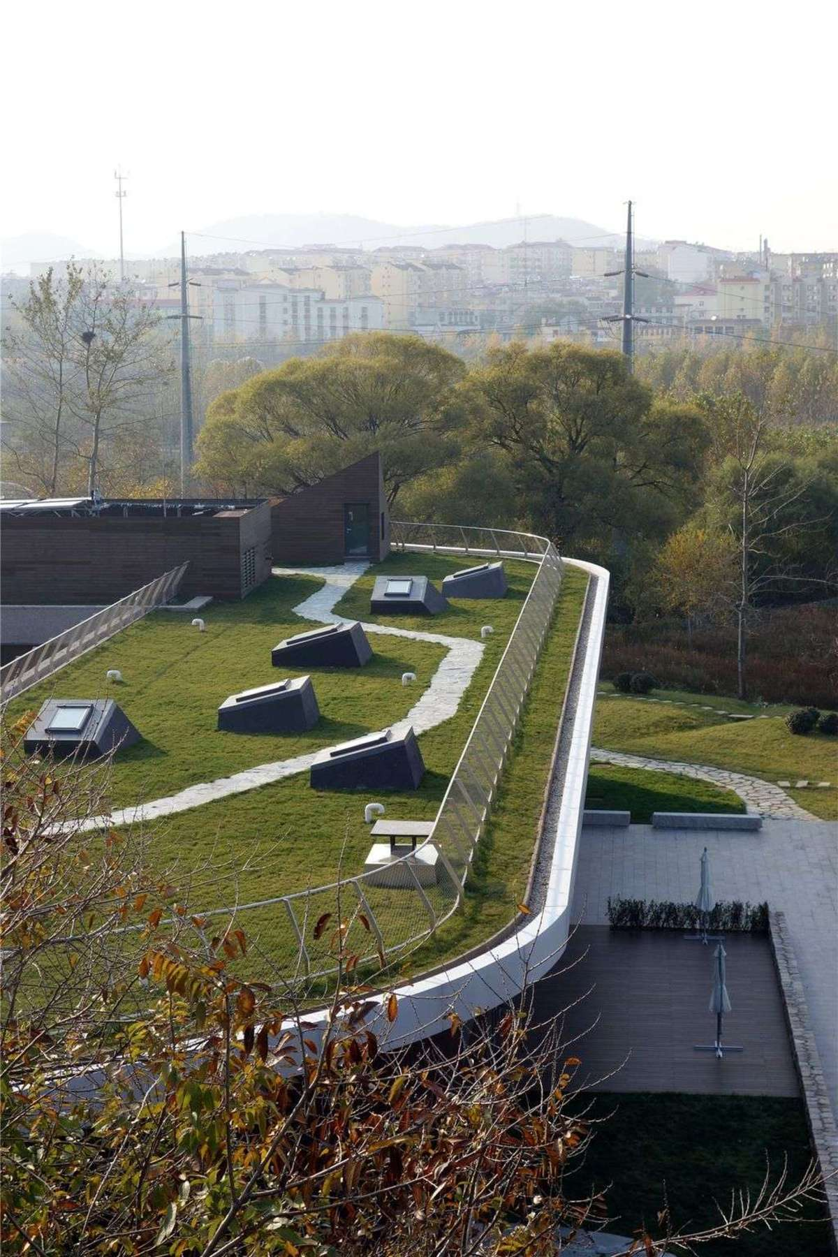 Open Architecture: Geuha Youth and Cultural Center